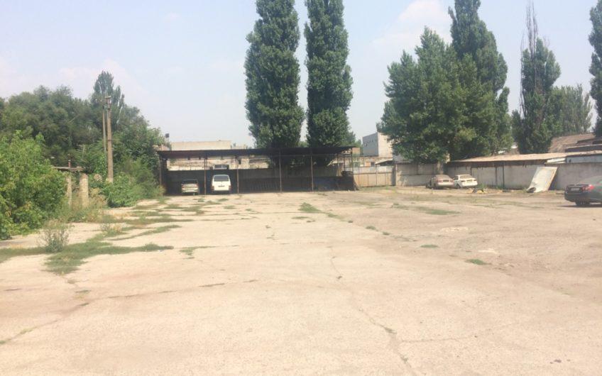 Продам территорию ул. Л. Бородича