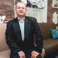 Олег Кабанов