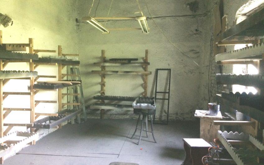 Аренда территории и складских помещений ул. Л. Бородича