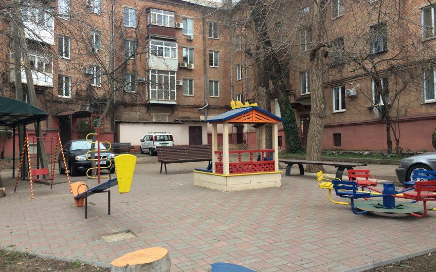 Продажа 3х. ком. квартиры с автономным отоплением, ул. Мелешкина, р-н пл. Артема