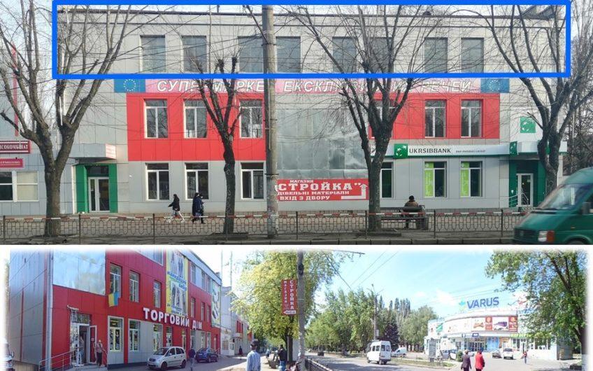 Мусоргского 10. 3й этаж – 280,4 кв.м. цокольный 300кв.м