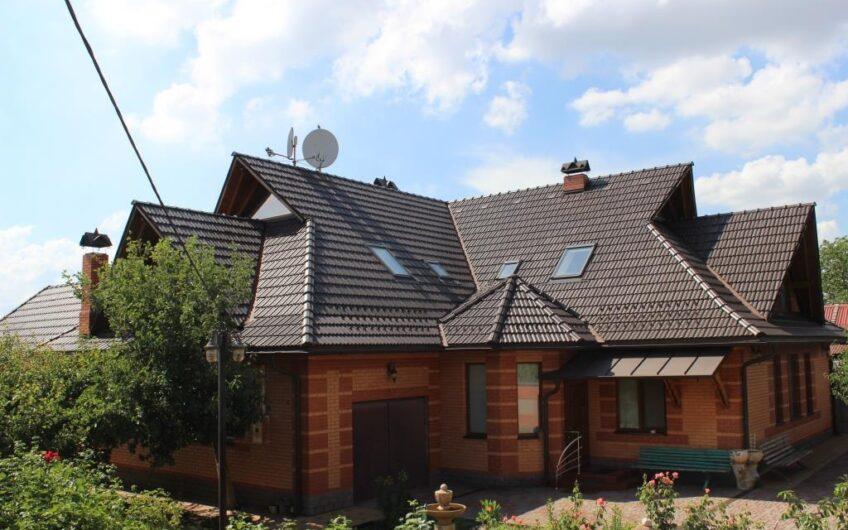 Продажа современного комфортного дома, с. Вольное, (Червоный Шахтарь), место где можно дышать свежим воздухом не вдыхая смог проезжающего автотранспорта.