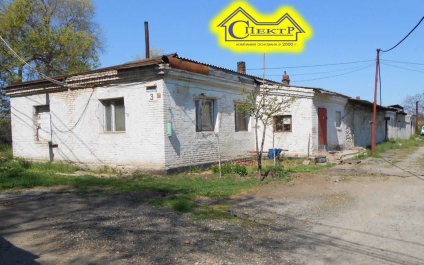 Продам комплекс строений, 1275кв.м., с участком 0.76га., 380V 35квт.